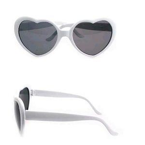NWT Kawaii heart Sunglasses